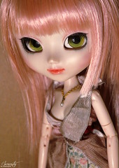 Simply (Shamujinn) Tags: pink portrait cute rose collier necklace doll siamese wig serenity groove cancan pearl pullip custom fc custo perle mignon poupe customisation siamoise obitsu junplanning rewigged cancanjseries fullcusto shamujinn