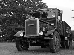 Scammell LA20 - WMT 314 (Ben Matthews1992) Tags: park old tractor truck vintage wagon rally transport bedfordshire historic steam lorry commercial vehicle preserved shuttleworth preservation howards ballast waggon scammell haulage 2015 oldwarden la20 wmt314 oldwarden2015 winchestershootinggallery