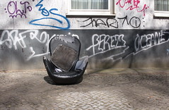 Please take a seat #434 (sterreich_ungern) Tags: street streetart berlin abandoned broken facade trash grafitti decay seat tag collection frontal mll 44 neuklln abfall battered