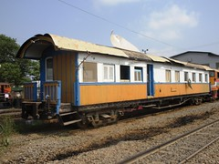 Bang Sue Depot, Thailand (Barang Shkoot) Tags: car train thailand coach carriage bangkok engine rail depot locomotive gauge derelict srt metre rsr bangsue rotfai