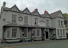The Freshfield (RoystonVasey) Tags: apple beer real pub inn 5 ale camra iphone formby freshfield