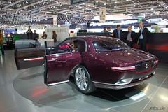 DSC_0185 (Pn Marek - 583.sk) Tags: show foto motor jaguar etype xj bertone xk genve 2011 b99 autosaln eneva fotogalria