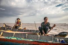 TongLeSap-4312 (Redust) Tags: life asia cambodia southeastasia siemreap boatman floatingvillage tonglesap