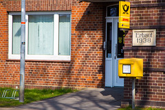 Hitzacker: Postamt (kevin.hackert) Tags: dan postbank post 1938 hafen altstadt dhl briefkasten niedersachsen hitzacker lchowdannenberg posthorn erbaut elbtalaue
