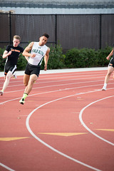 Eli (Malcolm Slaney) Tags: track 200m trackandfield tf 2016 paly paloaltohighschool