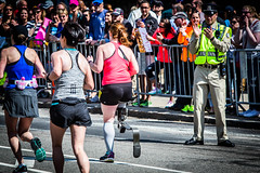 Well deserved applause (geoffmart65) Tags: boston canon eos marathon leg police running cop runners 5d blade athlete clapping applause amputee prosthetic bostonmarathon