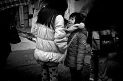 Sisterhood (bluebearking) Tags: newyork ilfordhp5 leicam6