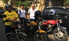 _3693 (Yazed RD350 Lord) Tags: red yellow ride group yamaha april rides mumbai meet sion 2016 rd350 nhf
