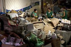 MDS_MC_130328_0043 (brasildagente) Tags: brasil retrato mulher lixo reciclagem riograndedosul sul mds coletaseletiva novohamburgo 2013 governofederal recicladores bolsafamilia minhacasaminhavida marcelocuria ministeriododesenvolvimentosocialecombateafome