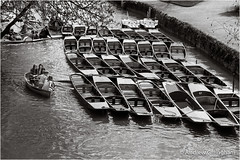 1_Oxford-2891 (AndyG01) Tags: city girls college bicycle boats oxford rowing punts antiquity