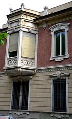 Torino - corso Regina Margherita (ikimuled) Tags: liberty finestre sandonato pastiglieleone