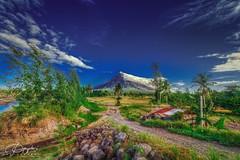 Bulkang Mayon - HDR Photography By: Pipoyjohn (Pipoyjohn) Tags: landscape photography volcano high view dynamic philippines mount mayon range hdr cagsawa legazpi albay bulkan pipoy pipoyjohn pipoyjohnphotography