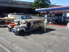 200 (renan_sityar) Tags: city jeepney muntinlupa alabang