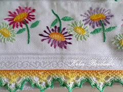 KikaBordados Kika  Krauss 042 (Kika Bordados by Angelica Krauss) Tags: flowers flores handmade embroidery crochet towel artes emboidery artesanatos croche embroider toalhas feitoamo feitomo kikabordadoskikakrauss