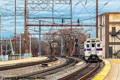 SEPTA 158 on 9242, Wilmington, 2016-02-04 (redheadedrobbie1) Tags: railroad electric septa mu railfan nec northeastcorridor regionalrail silverliner silverlineriv