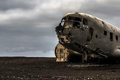 plane wreck (Eisfried) Tags: plane island iceland sony wreck douglas flugzeug dc3 wrack skogar schwarzerstrand nex6 sel18200