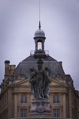 Aglae and sis' standing (oojisama) Tags: city france classic fountain architecture outside eos town europe place 33 outdoor bordeaux culture muses bourse fontaine garonne 18135 burdigala aglae 18135mm 700d