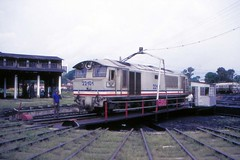 Once upon a time - Malaysia - Kuala Lumpur (railasia) Tags: ktm turntable malaysia depot kualalumpur eighties infra metergauge class22 dloco