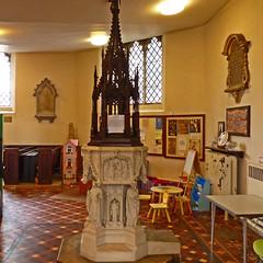 Dudley, West Midlands, St Thomas and St Luke (Tudor Barlow) Tags: autumn england churches dudley westmidlands listedbuilding parishchurch gradeiilistedbuilding lumixfz200 dudleystthomas