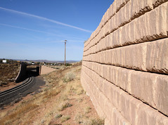 Redi-Rock_limestone-both-Rail-NewMexicoDOT-MO16-short (redirockphotodatabase) Tags: railroad newmexico train outdoor gravity limestone vehicle retaining retainingwall reinforced redirock case116 9insetback railrunnerexpresswalls
