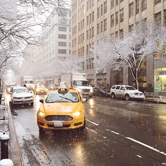 Snow fall in NYC (Daniel Mark) Tags: nyc snow weather vsco iphone6 iphoneonly