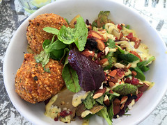 Quinoa Salad (RobW_) Tags: africa lunch march salad south western cape quinoa friday stellenbosch 2016 schoon 04mar2016 decompanje