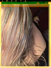Photobomb (BLACK EYED SUZY) Tags: self blonde tadaa flateric mroizo photobomb