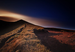 """ RIDGE WALKING "" (Wiffsmiff23) Tags: longexposure trek shadows dramatic hike breconbeacons brecon drama epic breconbeaconsnationalpark corndhu"