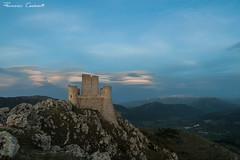 (Drugantib.us) Tags: sky italy panorama cloud mountain castle clouds landscape landscapes italia nuvole nuvola cielo castello lenticular montagna rocca abruzzo laquila orizzonte nubi calascio lenticolari bellabruzzo