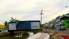 Tratamento (CatComm | ComCat | RioOnWatch) Tags: brazil water gua brasil riodejaneiro sewage favela picapau esgoto cordovil