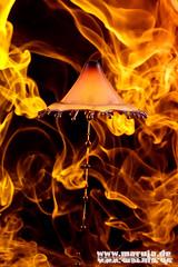 in flames (4) (michaelfritze) Tags: wasser bubbles drop splash liquids highspeed wassertropfen tropfen tats highspeedphotography fontne liquidart strobist farbtropfen hochgeschwindigkeitsfotografie liquiddrop stopshot michaelfritze