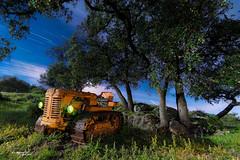 estrellas1_2 (RikiAguilar) Tags: espaa naturaleza photo spain foto paisaje andalucia ruinas campo fotografia nocturnas malaga largaexposicin circumpolar casabermeja noctografia