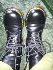 20160319_130621 (rugby#9) Tags: original black feet yellow boot shoe hole boots 10 lace dr air 7 indoor icon wear size footwear trousers stitching comfort sole doc cushion soles dm docs eyelets drmartens bouncing airwair docmartens martens dms 1490 cushioned combattrousers wair 10hole doctormarten yellowstitching greencombats greencombattrousers