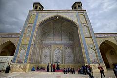 Eastern Iwan of Vakil Mosque (T   J ) Tags: iran fujifilm shiraz xt1 teeje fujinon1024mmf4