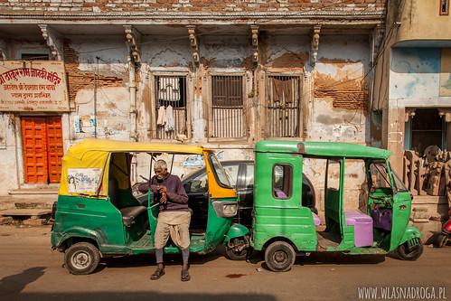 Motoriksze w Waranasi