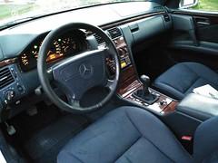 W210 E290 TURBODIESEL  Interior (NachoW123) Tags: classic silver wagon mercedes sevilla diesel oldschool class e mercedesbenz manual kombi familiar reliable turbodiesel w210 s210