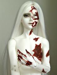 Dikadoll Galois Zombie (ok2la) Tags: white 3 dead death blood doll skin zombie sean crop bjd bloody ws dika galois dikadoll img2016020903298