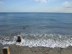Hayling - seashore . Aug 2007 (busmothy) Tags: hayling groyne nabtower 4416