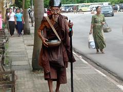 moine solitaire ,thailande (patrickjourdan53) Tags: mai asie chiang ville thailande moine boudisme