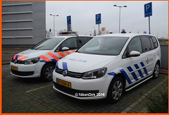 Dutch Forensic Police. (NikonDirk) Tags: holland netherlands dutch amsterdam vw volkswagen foto cops nederland police scene science crime cop incident command tr unit investigation politie touran forensic recherche amstelland opsporing hulpverlening forensische nikondirk 07nsr8
