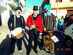 Se escuchan los cohetes del Carnaval de la Villa Troglodita (Barba azul) Tags: sol de banda musica villa carnaval disfraces mares fondos moleskines charanga marinos pasacalles troglodita purullena
