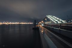 Dockland (Dennis Kahl Fotografie) Tags: canon fotografie nacht hamburg dennis hafen kahl langzeitbelichtung dockland lzb