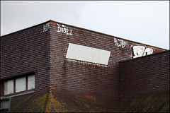 Dost (Alex Ellison) Tags: uk urban rooftop graffiti boobs tag graff bournemouth kcm southeastengland hmz eronz