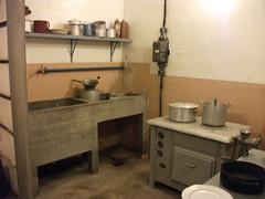 DSCF1865 (edelmauswaldgeist) Tags: frankreich bunker herd elsas tpfe sple untertage zhler