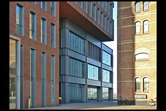 amsterdam kantoorgebouw huys azie 02 2004 kcap (piet heinkde) (Klaas5) Tags: holland dutch contemporary netherlands warehouse veemgebouw pakhuis ©picturebyklaasvermaas architektuur architektur reuse officebuilding hergebruik architettura architectuur niederlande paysbas nederland kantoorgebouw burogebaude arquitectura architecture gebouw building structure معماری arquitetura arhitectură สถาปัตยกรรม senibina ਆਰਕੀਟੈਕਚਰ 구조 arkitektúr mimari kiếntrúc arsitektur gine ארכיטקטורה ճարտարապետություն argitektuur architektura faaji bokwakhiwa arkkitehtuuri építészet архитектура アーキテクチャ 架构 आर्किटेक्चर usanifu فن تعمیر هندسة معمارية architect bouwjaar completed