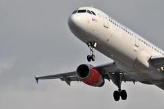 SK0503 CPH-LHR (A380spotter) Tags: london heathrow landing belly finals 200 airbus sk arrival sas approach lhr threshold a321 egll 27r sasscandinavianairlines oykbh sulkeviking runway27r shortfinals cphlhr sk0503