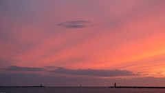 Suset Dutch Coast / Zonsondergang Nederlandse Kust (tribsa2) Tags: sunset sea sky lighthouse seascape netherlands seaside zonsondergang tramonto shoreline nederland noordzee zee ciel northsea cielo nubes lucht nuage nuages sunrisesunset crpuscule nordsee zon merdunord luchten zeegezicht canoneos5dmarkii nederlandvandaag canonnl sunsetsandsunrisesgold canonef70300mmf456lisusm