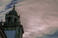 D3194-Atardecer en Pontedeume (I) (Eduardo Arias Rbanos) Tags: sky tower church clouds atardecer nikon torre dusk iglesia cielo nubes urbanlandscape pontedeume crepsculo paisajeurbano d300 eduardoarias eduardoariasrbanos