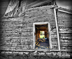 April 20 2016 - The Light Within (lazy_photog) Tags: old color abandoned barn photography sleep falling anderson lazy ten weathered elliott selective photog 042016andersonsbarn