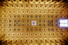 _MG_5755 (Franz - Jimenez) Tags: building geometric canon sevilla cathedral catedral seville ceiling angular eos600d